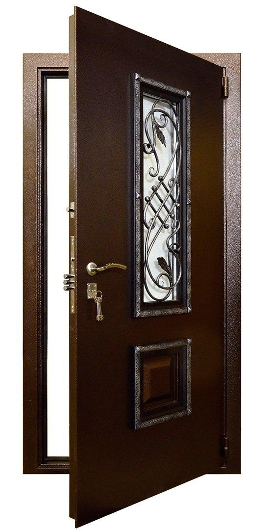 внутренние стальные двери для коттеджа